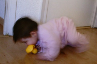 Sara tiene nueve meses...